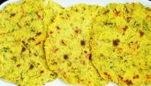 Methi Wali Makki Ki Roti