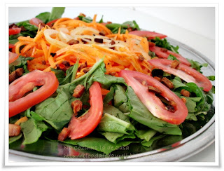 Salada de Rúcula e Cenoura Picante