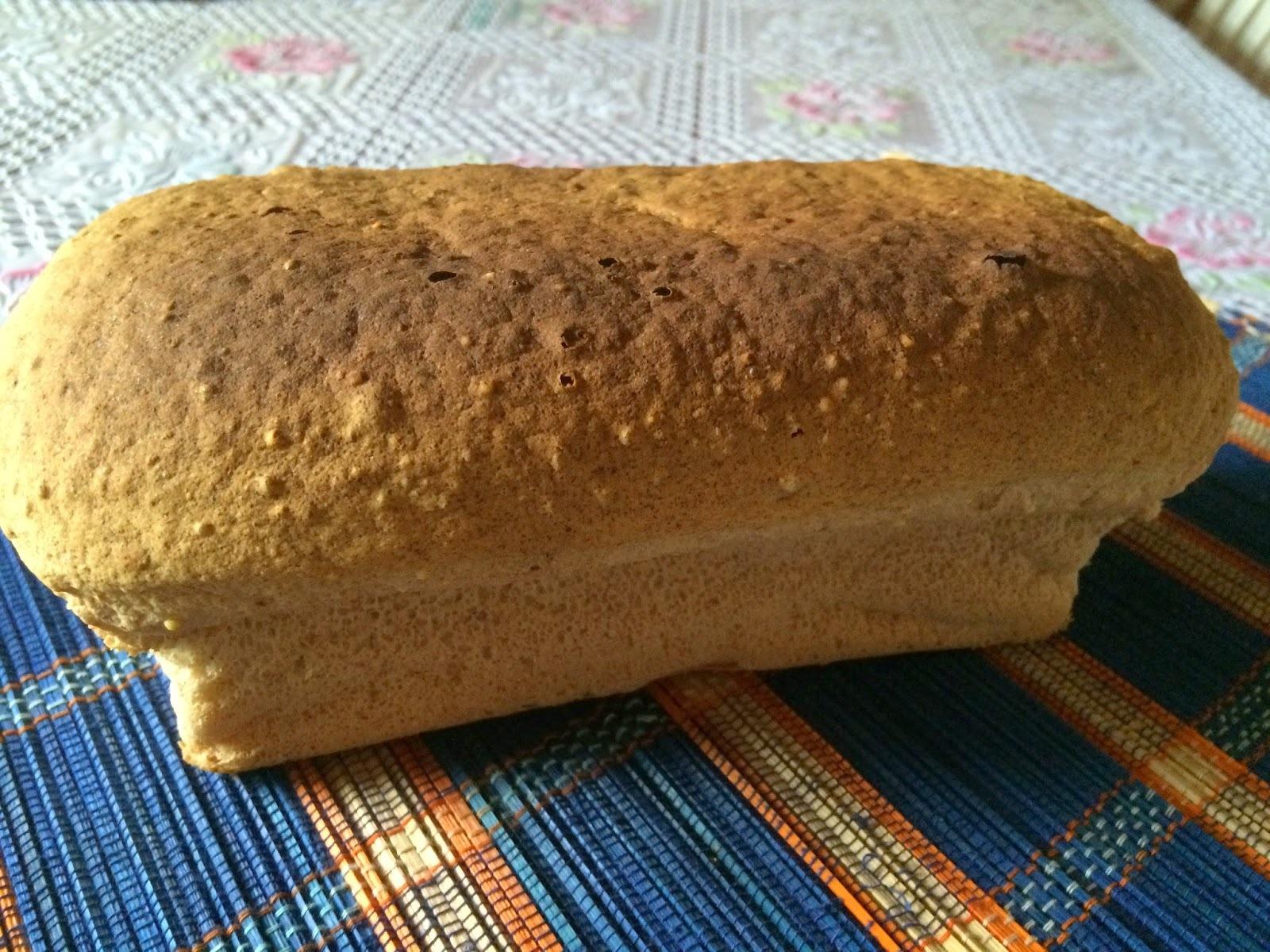Pão de trigo sarraceno e painço descascado