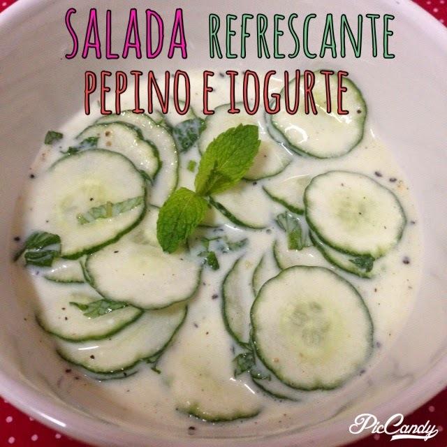 Salada refrescante de pepino e iogurte