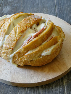 de pão de alho recheado com 4 queijo