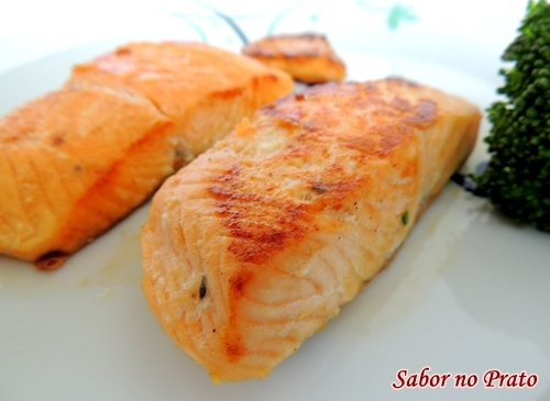Salmão Frito no Azeite
