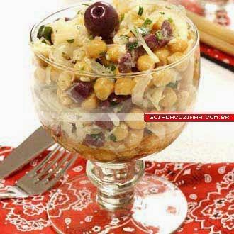 Salada de Grão-de-Bico com Peixe