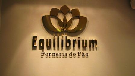 Equilibrium... porque nem tudo que é bom faz mal!