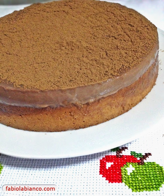 Bolo Mousse de Chocolate Dukan