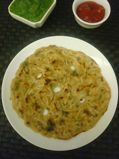 Mooli ke thalipeeth / Radish Pancake