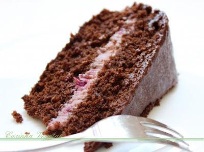 bolo de morango com trufa de limao