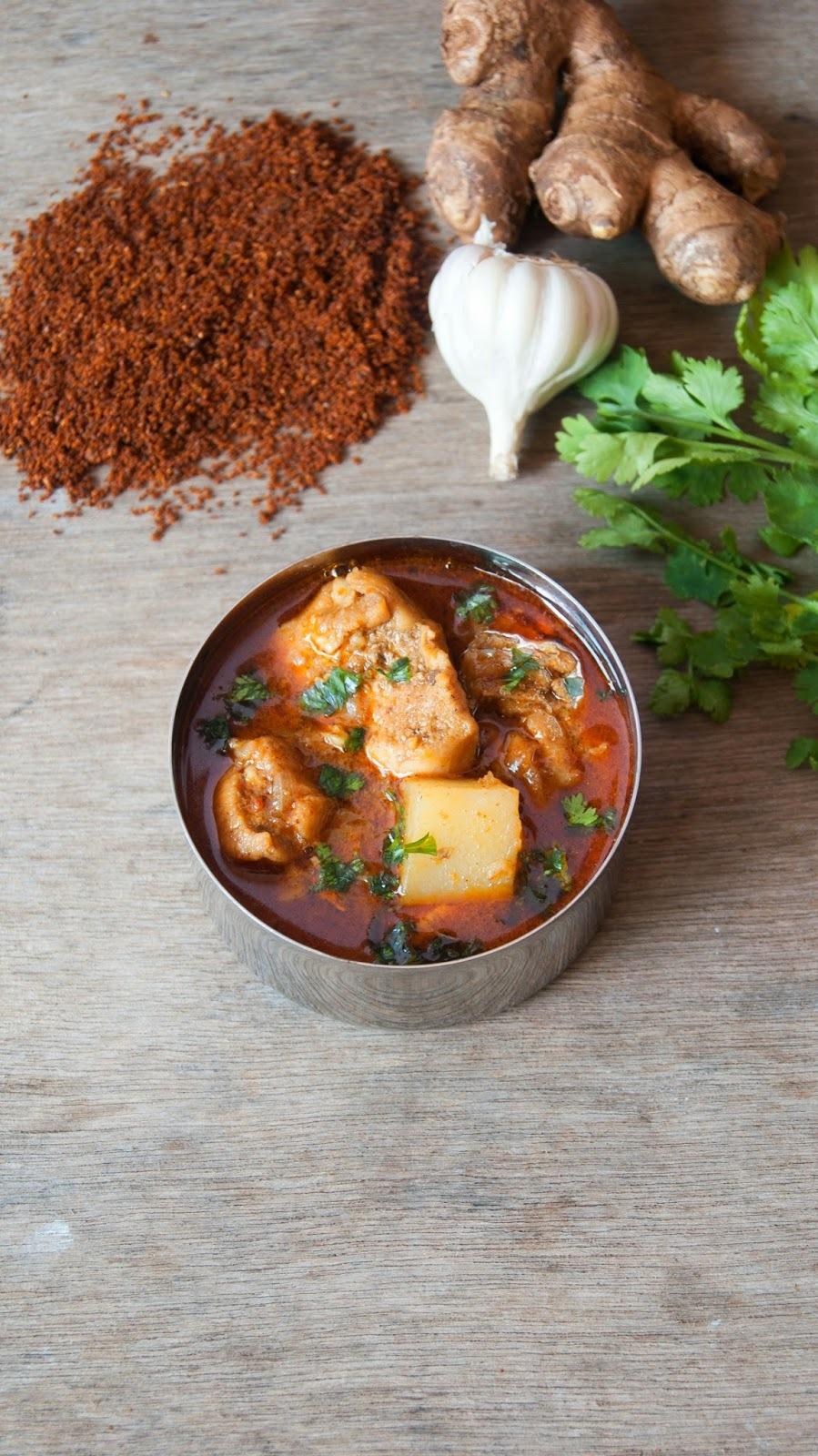 Chicken cooked in Goda Masala - Maharastrian Special