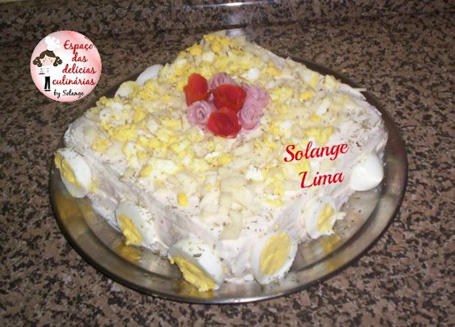 Torta fria com patê de atum e ovos