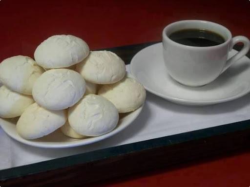 Sequilhos com leite de coco