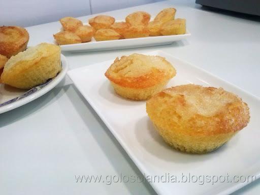 Magdalenas caseras o muffins , receta casera