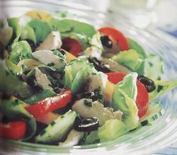 Receita de salada com filé de cavala (ou anchova)