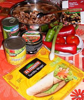 Zöldséges-csirkés tortilla tekercs (fajita)