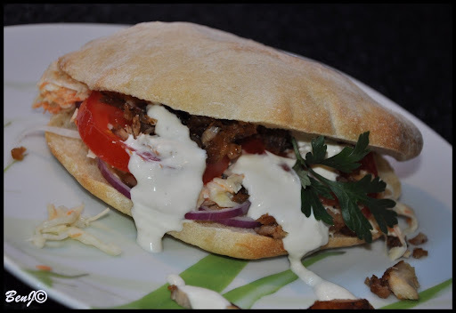 Kurací kebab a pita chlieb