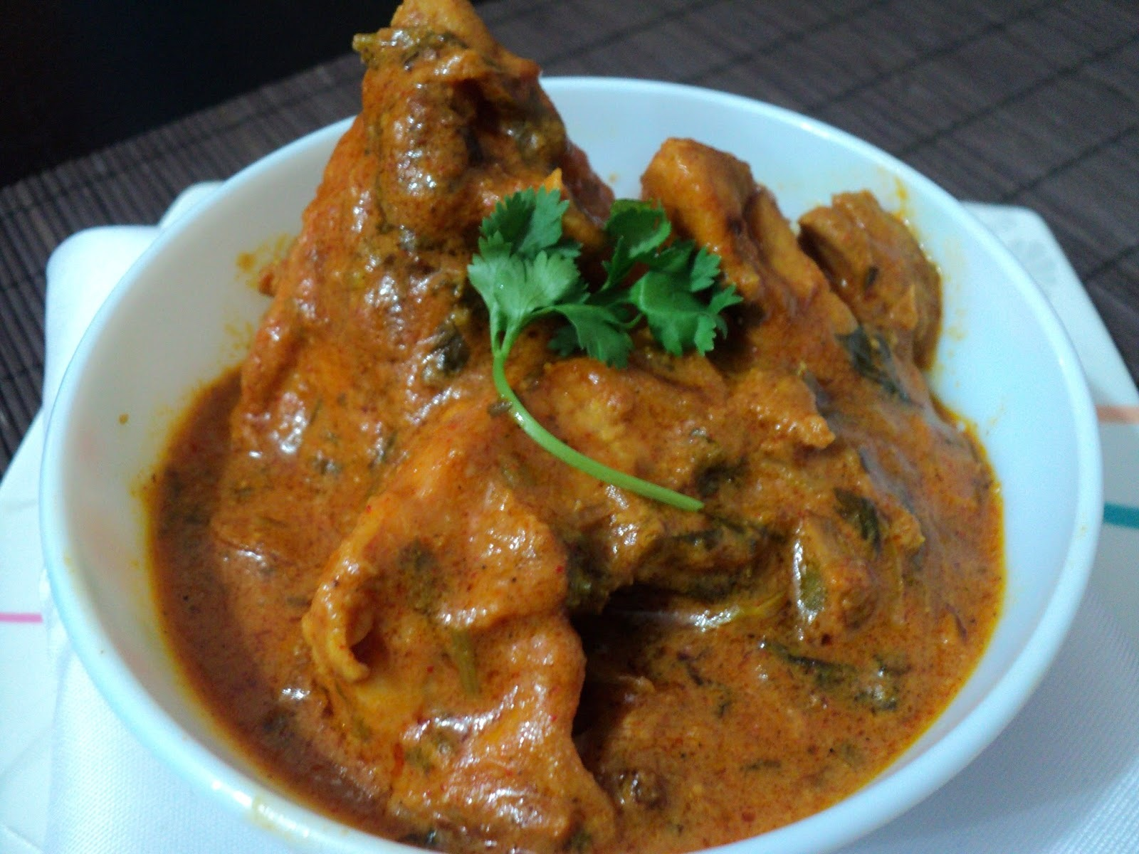 Lagan ka Murgh ( Hyderabadi Chicken Curry )
