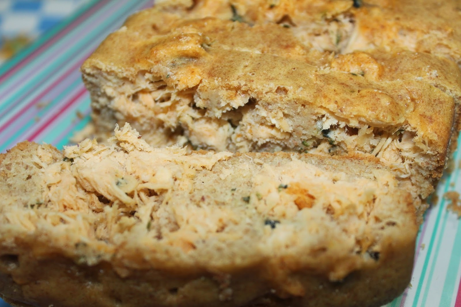 torta fria de atum com caldo de galinha