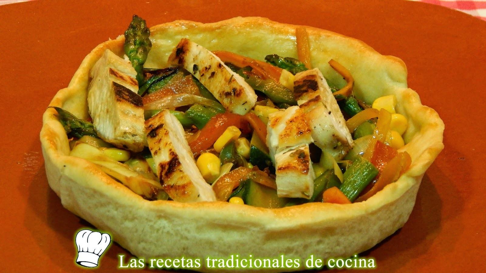 Receta de tartaletas de masa de pan rellenas de verduras y pollo
