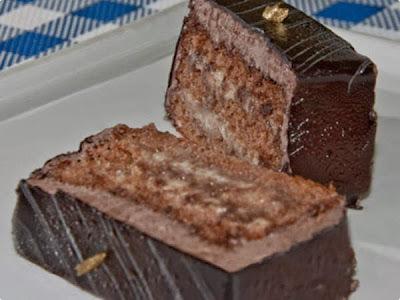 Bolo com Mousse de Chocolate