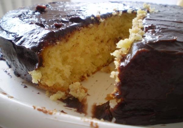 Bolo de Maracujá com Chocolate