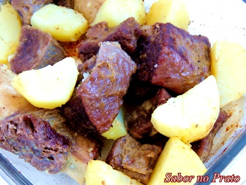 costela assada no forno com batatas