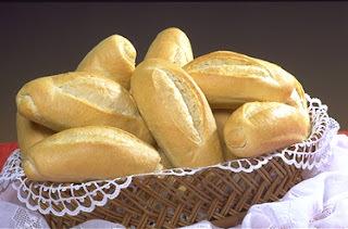 se eu colocar margarina na massa do pão frances