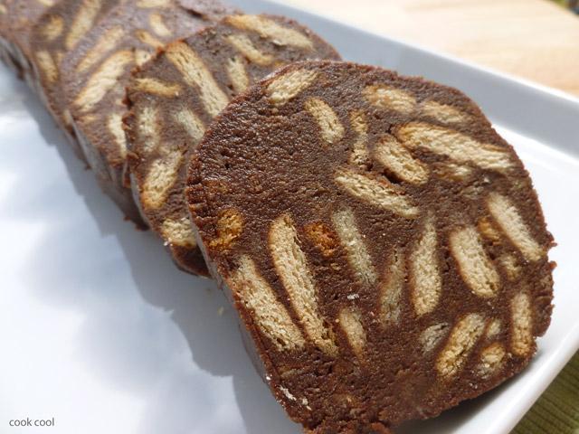 Κορμός με μπισκότα - Μωσαικό  Πηγή: www.tsixlofoyska.gr
