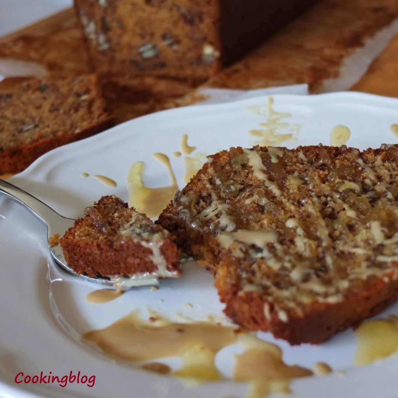 Pão de banana tostado com tahini e mel | Grilled banana bread with tahini and honey