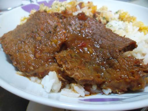de carne cozida com calabresa
