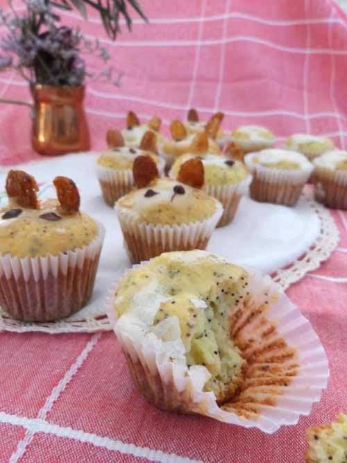 mini muffins de ricota, naranja y amapolas | conejos de pascua