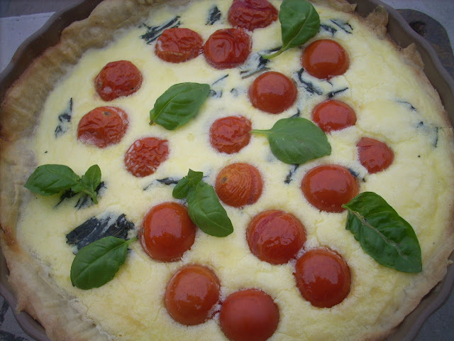 Roasted cherry tomato,basil @ parmesan quiche