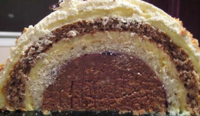 TUNEL TORTA (sa pečenim korama): Desert zanimljive forme i odličnog okusa