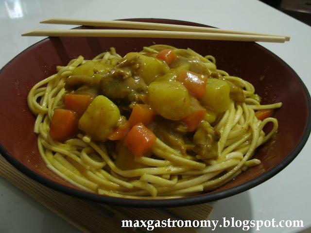 Receita No. 53 - Kare-Udon (Macarrão com Curry) カレー饂飩