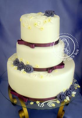 Bolo de casamento rosas