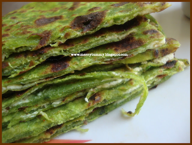 Mint Palak Paneer Paratha/ Spinach Cottage Cheese Bread