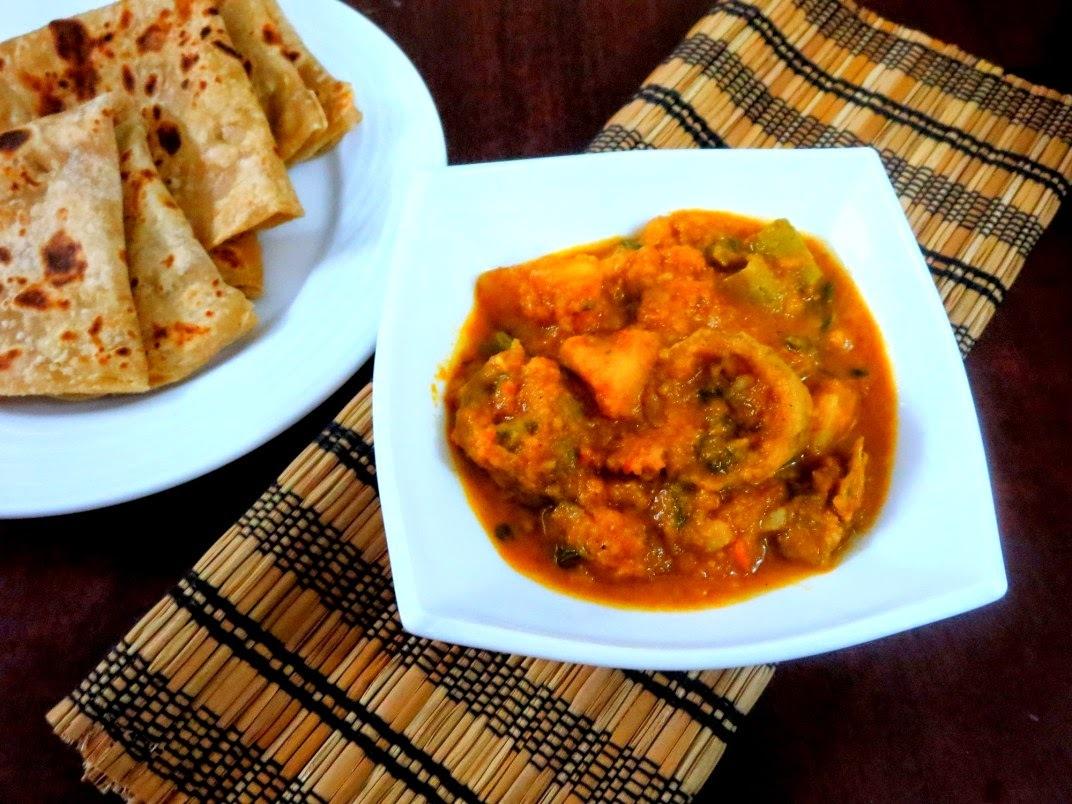 Aloo Parwal Ki Sabzi ~ Side Dish for Rotis