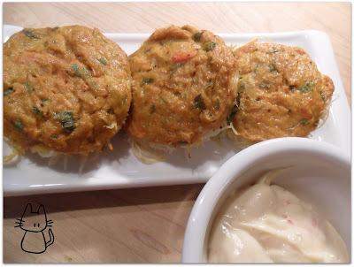 Gâteaux de crabe aux nouilles