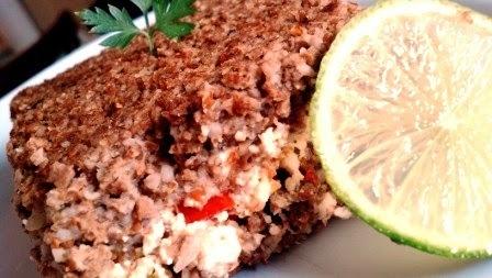 Kibe de forno (soja) recheado de ricota com tomate