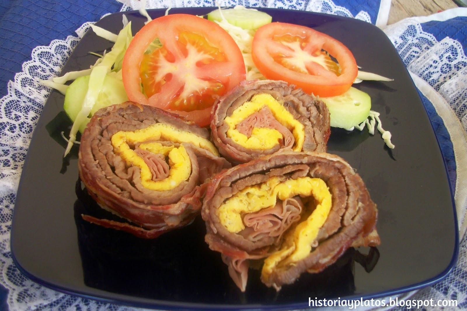 Rollo de carne con tortilla de huevo