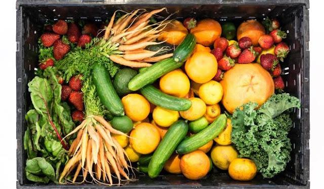 13 GENIJALNIH TRIKOVA uz pomoć kojih će voće i povrće dugo ostati svježe