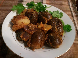 Bharva Baingan & Potatoes (stuffed baby eggplants)