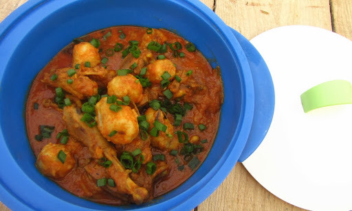 Chicken Curry With Colocasia