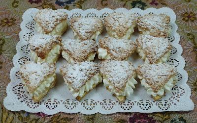 Pastissets de pasta de full i nata