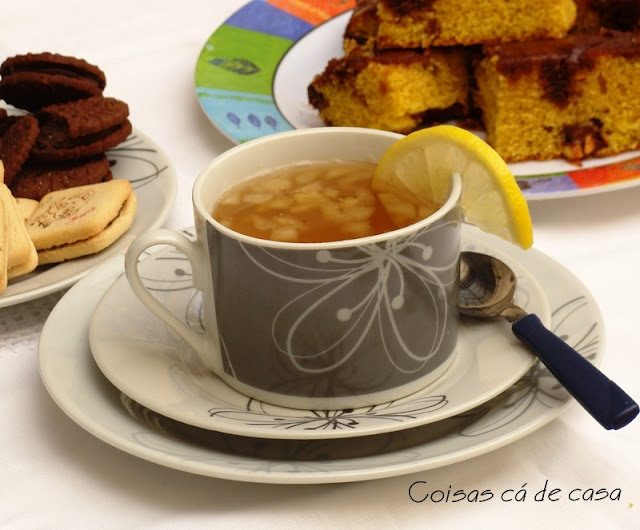 Chá de maçã, gengibre e limão siciliano