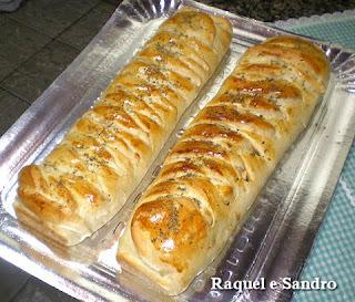 Pão de Calabresa com Bacon e Queijo