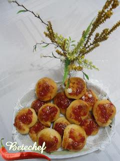 Pão Doce com Cobertura de Goiabada Caseira