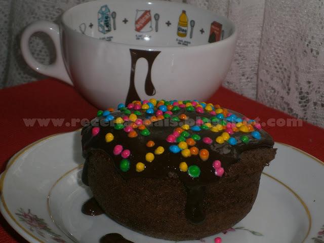 bolo de caneca de chocolate sem oleo no microondas
