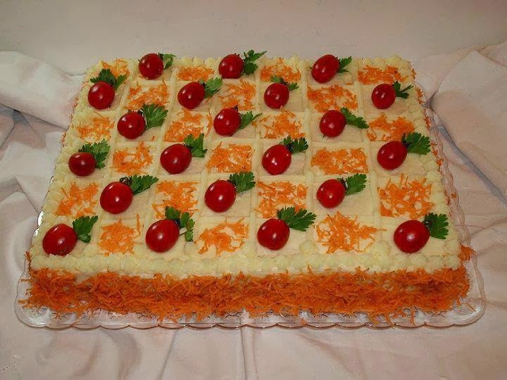de bolo salgado com pão de forma de frango simples