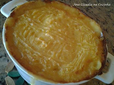 bolo de mandioca cozida simples cremoso