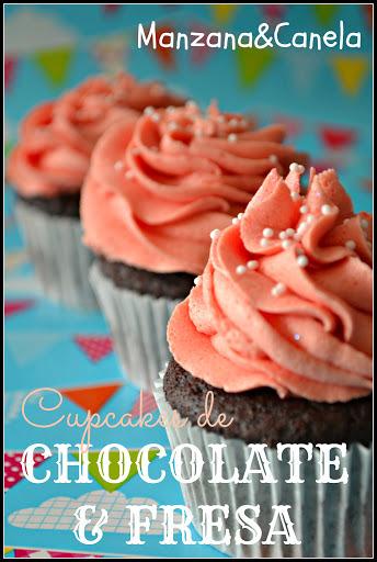 Una buena combinación: cupcakes de chocolate con buttercream de fresa