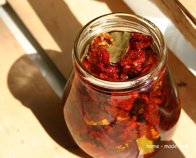 Sušene rajčice u ulju i bruschette